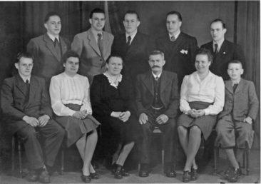 Fam. Jakob & Ida Dietiker-Wilk um 1947