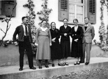Fam. Kull-Richner 1940 (vlnr) Fritz, Anna Hulda, Marti, Emmi, Hulda, Fritz