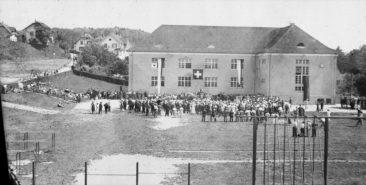 1. Augusrfeier um 1938  Foto ab Glasnegativ von Karl Kull (Sämischügu) er wohnte damals im Kosthaus