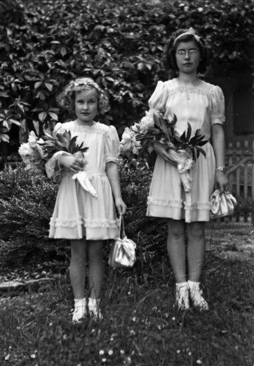 1946    Heidi und Jolanda Schwerzmann