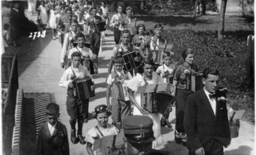 Handörgeli-Club am Jugendfest 1936
