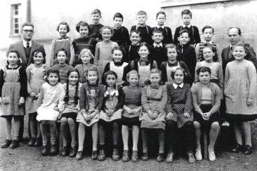 Jg 41  3.Klasse  Lehrer Fritz Iten und Hans Joho  1950