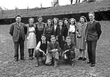 Jg 32  Lehrer Hans Bertschi und Willi Basler   1947