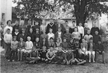 Jg 53 3.Klasse Lehrerin Frl. Maja Barth 1962
