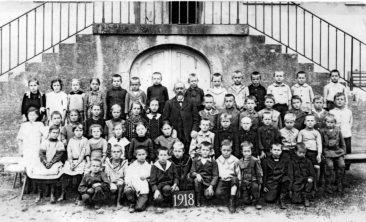 Jg 09 3.Klasse Lehrer Friedrich Reck  1918