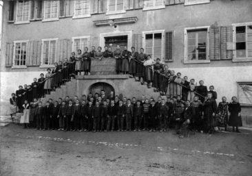 Jg 1894 - 1896  Oberschule Lehrer Emil Stocker 2.Merz 1908