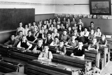 Jg 45  4.Klasse  Lehrer Oskar Merz   1955