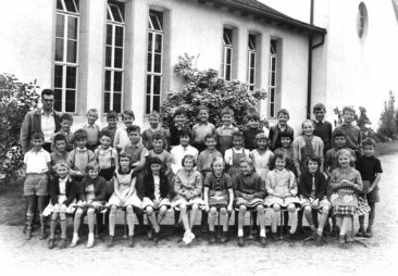 Jg 50  3.Klasse Lehrer Jean Jacques Meyer   Mai 1959