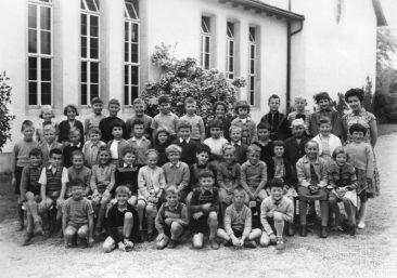 Jg 51 2.Klasse Lehrerin Frl. Suter  Mai 1959