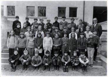 Jg 61 2.Klasse Lehrer Willi Basler 1969