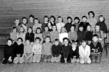 Jg 63 2.Klasse Lehrerin Frl. Irma Landis 1971