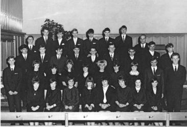 Jg 51 Konf. mit Pfarrer Hans Meier 1967