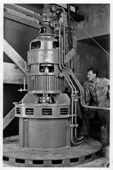 1945 mein Grossvater Fritz Kull 1883-1964 Turbinenwart in der SLI